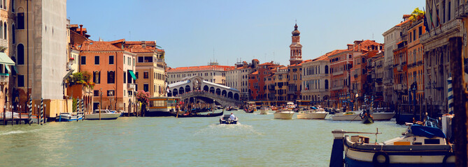Poster Venice Panoramic view of Grand Canal (Canal Grande) with Rialto Bridge (Ponte di Rialto). Venice. Italy.