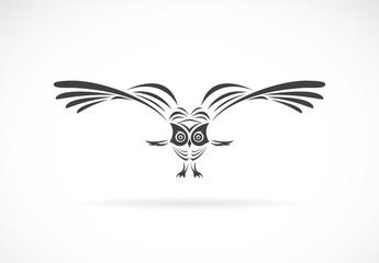 Canvas Prints Owls cartoon Vector of an owl design on a white background,. Wild Animals. Bird logo or icon. Easy editable layered vector illustration.