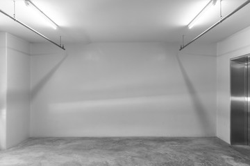 Fotomurales - Empty space (empty wall in a bright room)