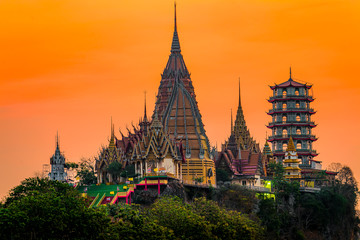 Fotobehang Bedehuis temple wat Tham sta , Kanchanaburi, Thailand.Focus Temple
