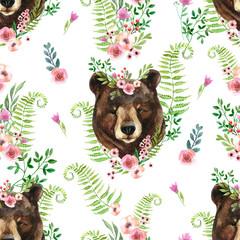 Ładny akwarela niedźwiedź portret w wieniec kwiatowy na tle dzikich kwiatów. - 329519461