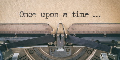 Foto auf Acrylglas Retro Text written with a vintage typewriter - once upon a time