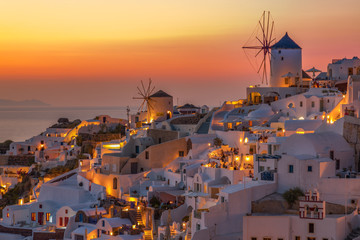 Canvas Prints Cappuccino Sunset on the Picturesque Island of Santorini Thira