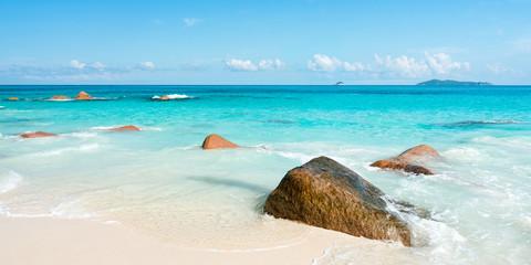 Wall Mural - Beautiful beach in the Seychelles