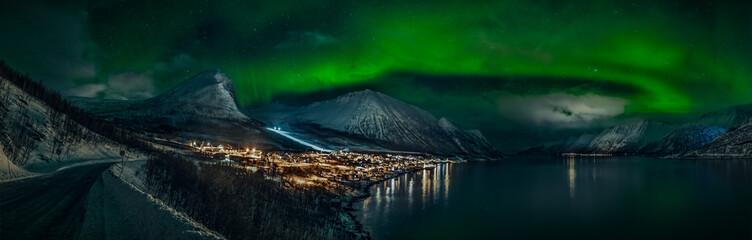 Fototapeta Northern Lights - Aurora Borealis in Senja  NORWAY  obraz