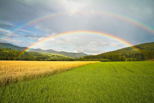 Doppelter Regenbogen im Sauerland