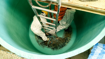 Lining process of coaitng tank and repair by material of resin and fiberglass