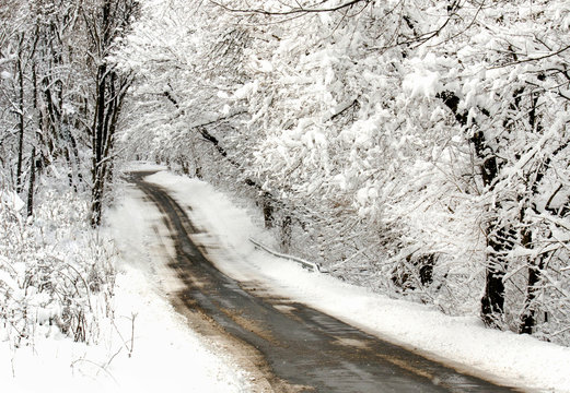 winter road in indiana