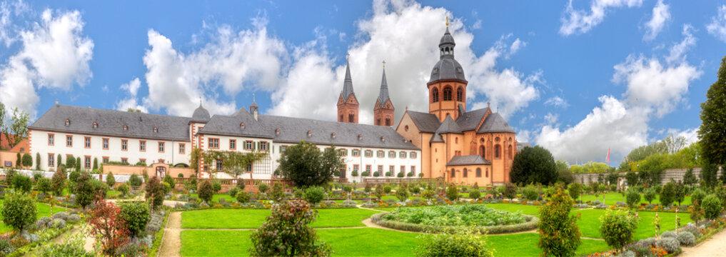 Die Einhard-Basilika in Seligenstadt, Hessen, Deutschland