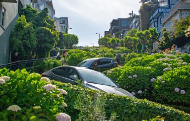 Fotobehang San Francisco Lombard Street in San Francisco, CA, USA