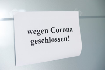 Stores à enrouleur Inde Symbolbild Corona-Virus