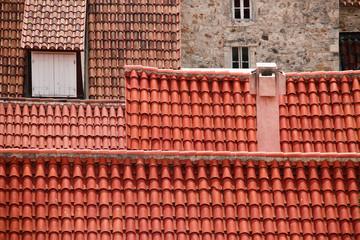 Fototapeta Czerwone dachy domów w małej nadmorskiej miejscowości obraz
