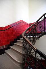 Obraz Wnętrze kamienicy w Budapeszcie - fototapety do salonu