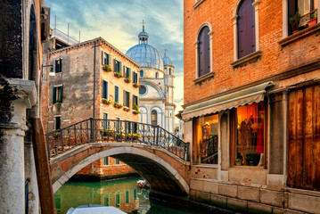 Photo sur Aluminium Venise Venice cityscape, water canal, bridge and traditional buildings, Italy. Architecture and landmarks of Venice.