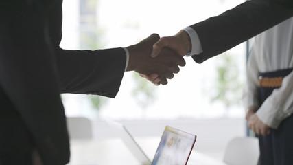 ビジネスイメージ 握手