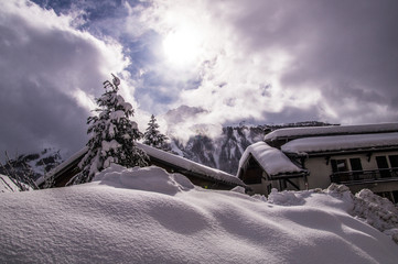 Foto auf Leinwand Lavendel winter landscape in the french alps