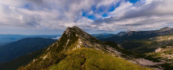 On the summit of Vogel mountain Fototapete