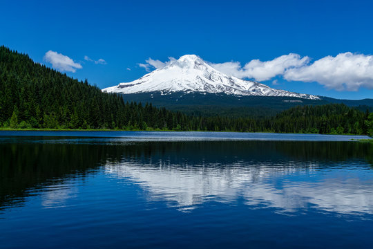 Snowy Mount Hood southern slope with reflection on Trillium Lake, Government Camp, Mt Hood National Forest, Oregon.