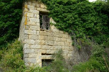 ancienne maison en ruine