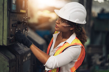 Professional engineering, worker, woman Quality control, maintenance, check in factory, warehouse Workshop for factory operators, engineering women control. Fotobehang