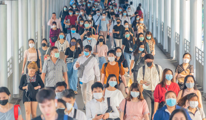 Poster Bangkok Bangkok City, Thailand : 03/12/2020 : Unidentified people, Crowd of Thai wearing face mask for health due to Coronavirus Disease or covid-19 and air pollution in mass transit in public. Rush hour.