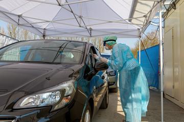 Coronavirus Test am Drive-In, Nürtingen, Baden Württemberg