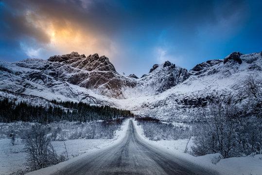 Sulla strada per Nusfjord