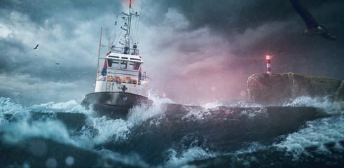 Tuinposter Kust Schiff im Surm auf hoher See