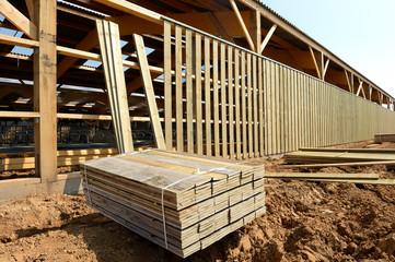 Construction d'un batiment agricole à ossature bois Fototapete