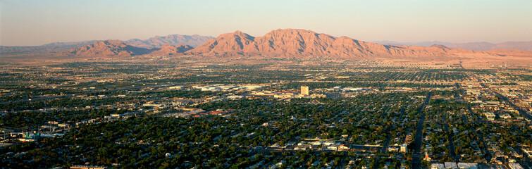Poster Las Vegas Panoramic view of Las Vegas Nevada Gambling City at sunset