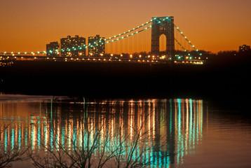 Fototapete - George Washington Bridge at sunset, New York City, New York
