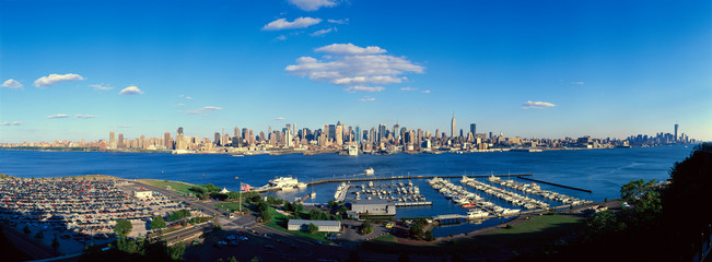 Wall Mural - Panoramic view of Midtown Manhattan, NY skyline with Hudson River and harbor, shot from Weehawken, NJ