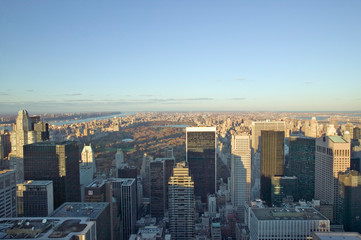 Fototapete - Panoramic views of New York City at sunset looking toward Central Park from Rockefeller Square ÒTop of the RockÓ New York City, New York