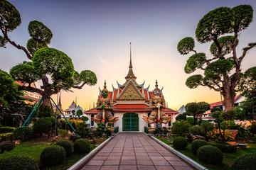 Wall Murals Place of worship Wat Arun, the temple of Dawn Bangkok