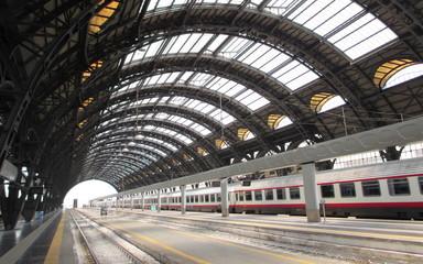 Poster Treinstation Stazione Centrale di Milano - partenze e arrivi