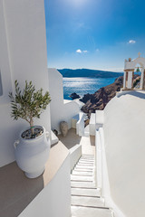 Fototapeten Santorini Luxury summer travel and vacation landscape. Swimming pool with sea view. White architecture on Santorini island, Greece. Beautiful landscape with sea view