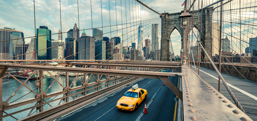 Taxi on the Brooklyn bridge