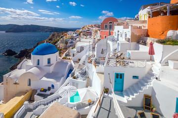 Foto auf Leinwand Weiß Oia town cityscape at Santorini island in Greece