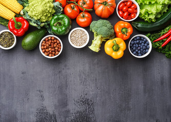 Healthy eating ingredients: fresh vegetables, fruits and superfood. Nutrition, diet, vegan food concept Papier Peint