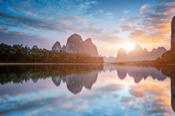 Tuinposter Guilin Landscape of the Yulong River in Yangshuo, Guilin..