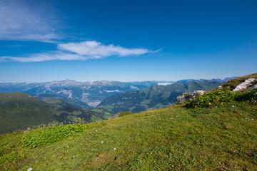 Wall Mural - Bergpanorama vom Weisshorngipfel in Arosa im Kanton Graubünden / Schweiz