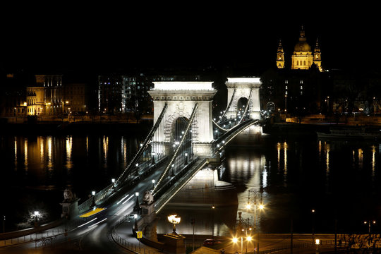 Budapest's Chain Bridge is lit in white to show appreciation for healthcare workers