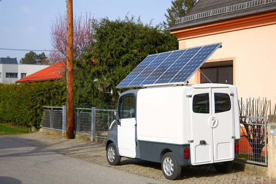 car with solar panel battery on the roof