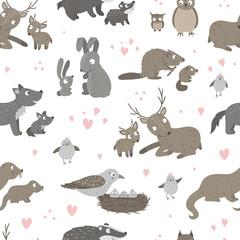 Modèle sans couture de vecteur avec des bébés animaux et leurs parents. Fond d& 39 animaux des bois drôle montrant l& 39 amour de la famille. Texture animalière de forêt mignonne pour la conception de la fête des mères.