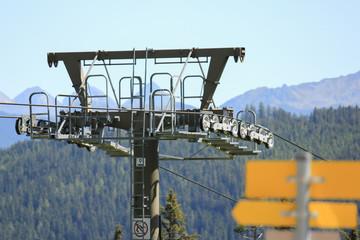 Fototapeta Ski chairlift tower in the Austrian alps