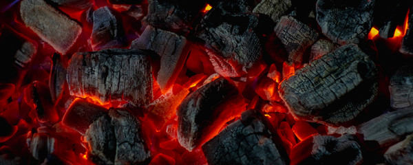 Foto auf Acrylglas Brennholz-textur hot red coals among black ash, wallpapers for mobile devices, abstract