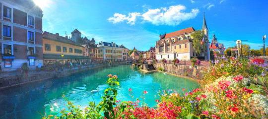 Wall Mural - Canal du Thiou and Church of Saint Francois de Sales in Annecy. France