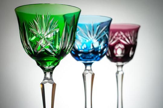 Kristal Weingläser im Gegenlicht