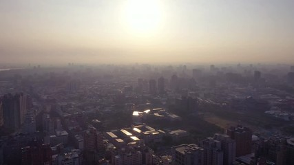 Papier Peint - 4k Aerial Footage Sunrise of kaohsiung city,Taiwan
