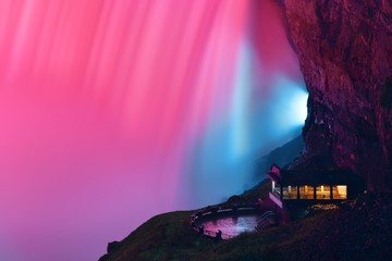 Poster Candy pink Niagara Falls at night